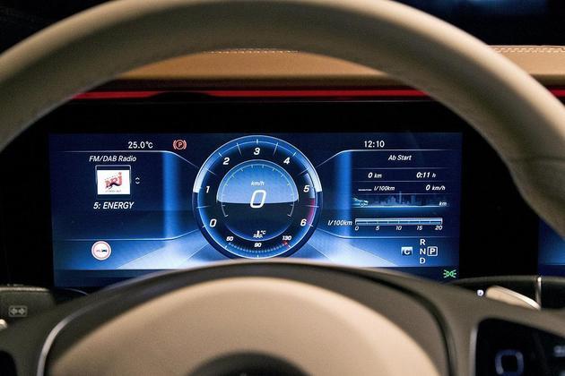 现款梅赛德斯·奔驰e级 仪表盘图片