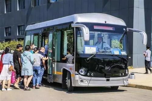 安凯无人驾驶巴士